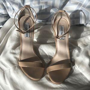 Steve Madden Simple Tan Heels